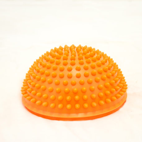 Oranssi puolipallo